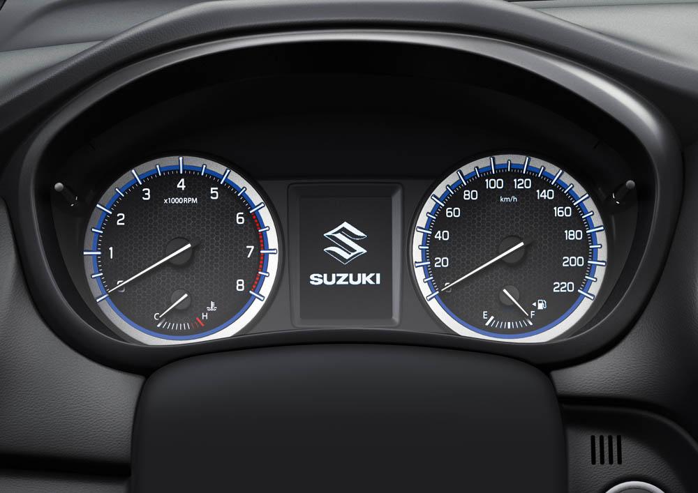 Suzuki_SX4_S-Cross_sisätilat04